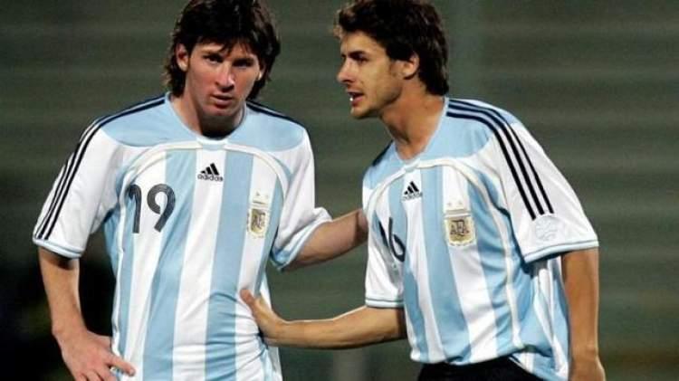 阿根廷u20教练上任国家队临时主帅,梅西偶像任助教